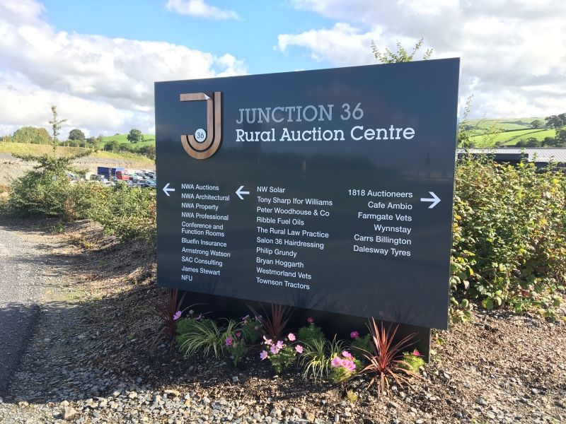 Junction 36 Auction Sign